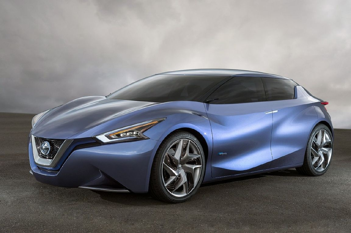 2013-Nissan-Friend-ME-hd-photo_www.autosvit.net_5