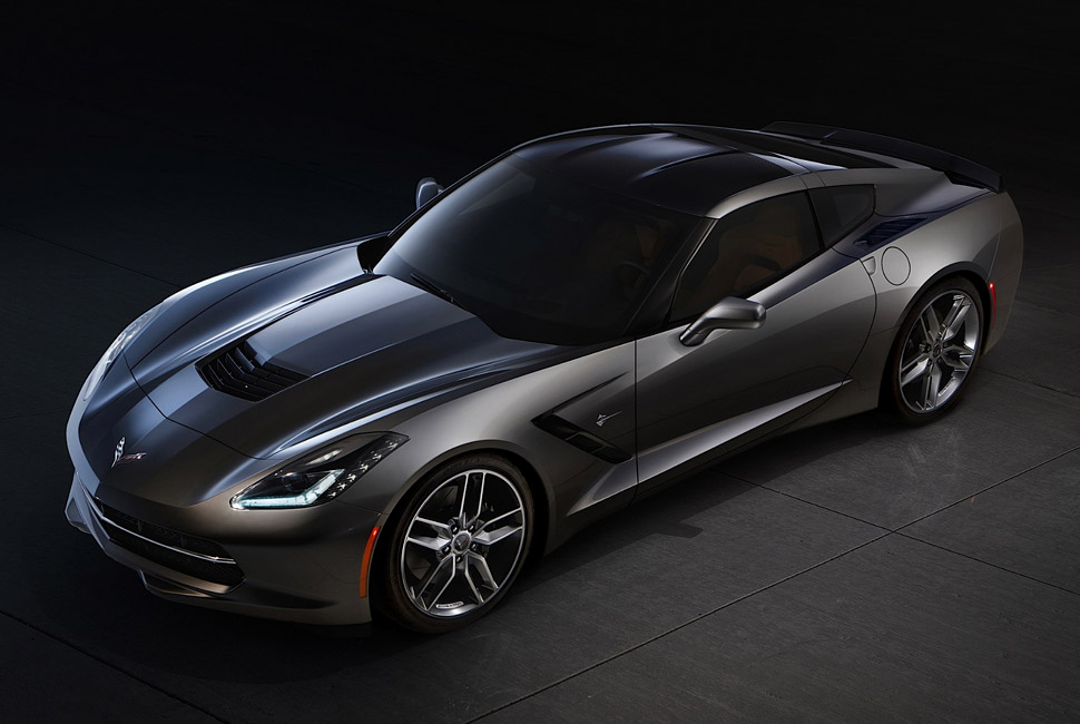 2014-corvette-c7-stingray-gear-patrol-full-
