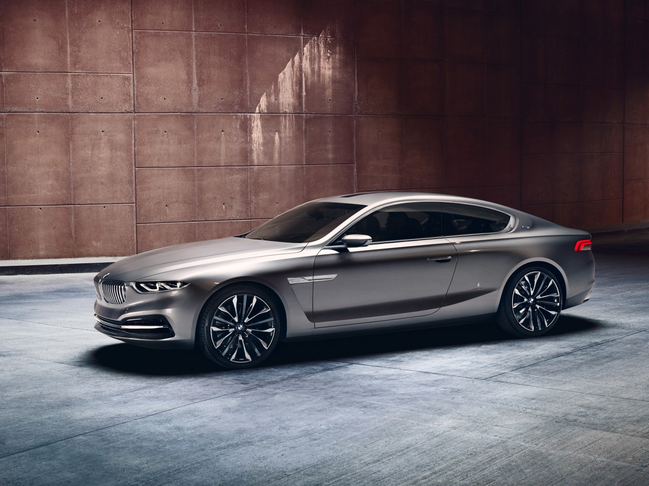 BMW GRAN LUSSO V12 COUPE