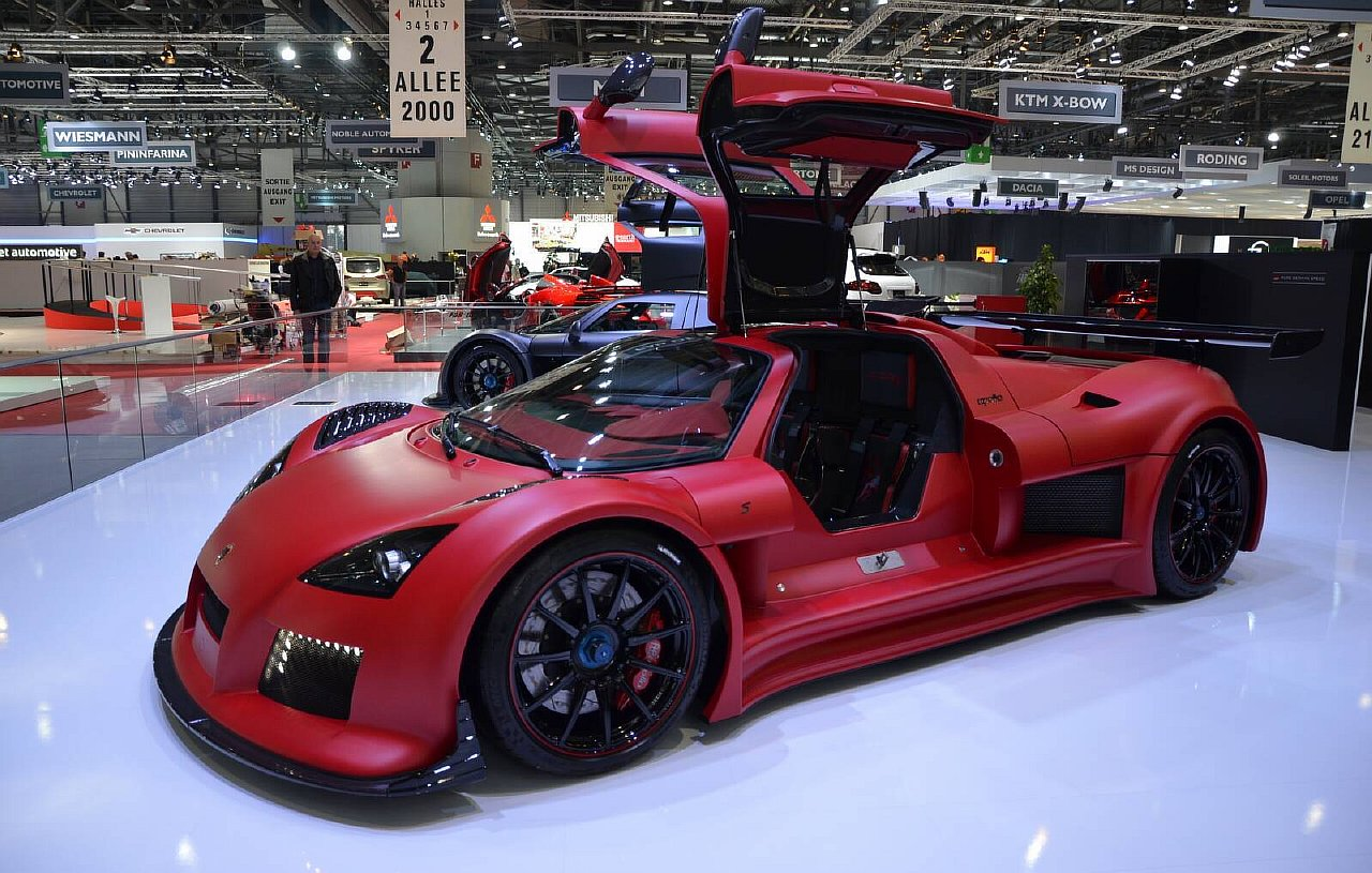 Gumpert Apollo S 2013 www.autosvit.net 10