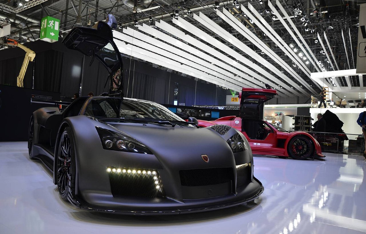 Gumpert Apollo S 2013 www.autosvit.net 8