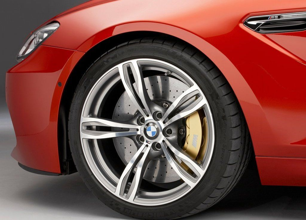 www.AutoSvit.net BMW-M6 Coupel